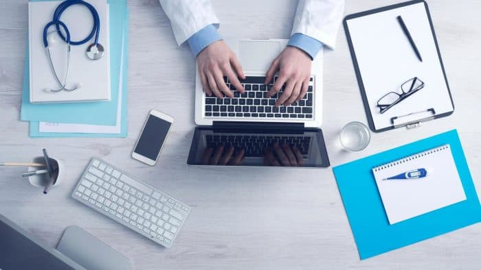 Best Laptops for Medical Students In 2021 | Laptopsgeek